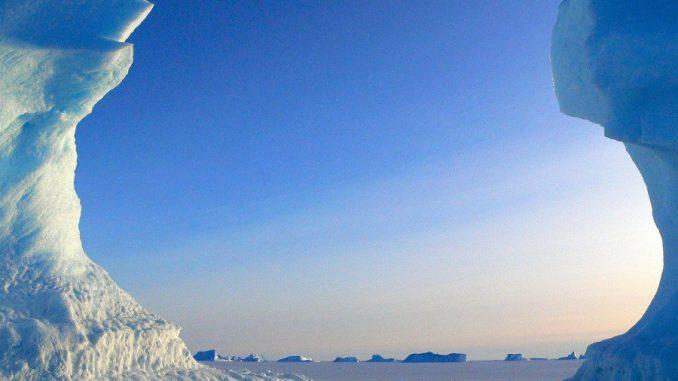 Etelämantereen jäätikköä.
